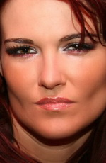Amy Dumas picture