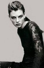 Angela Lindvall picture