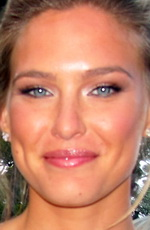 Bar Refaeli picture