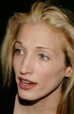Carolyn Bessette-Kennedy picture