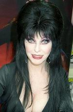 Cassandra Peterson (Elvira) picture