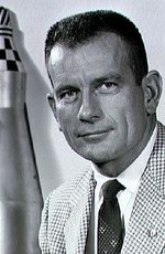 Deke Slayton picture