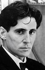Gabriel Byrne picture