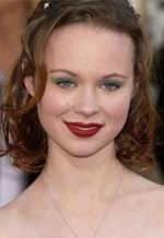 Thora Birch picture